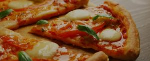pizza_399993640_opt